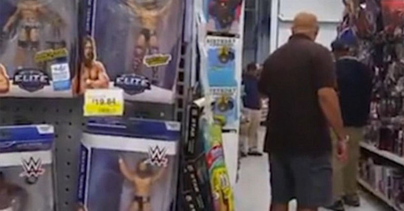 Father Confronts Pervert Who Took Photo Of His Daughter In Walmart UNILAD guy4