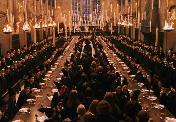 You Can Now Have Valentines Day Dinner At Hogwarts UNILAD hogwarts great hall WEB2