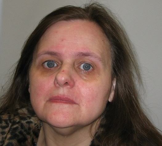 Woman Tried To Poison Husband By Putting Anti Freeze In Cherry Lambrini UNILAD lambr5