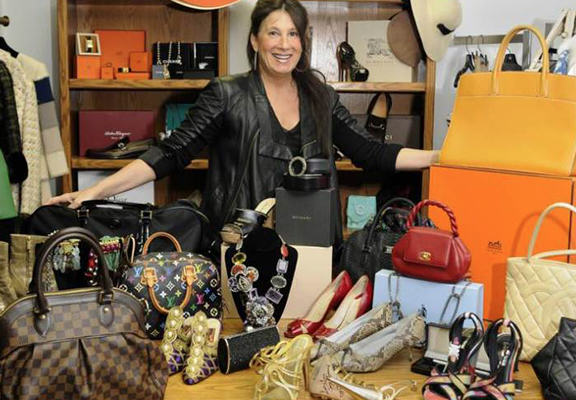 One Woman Makes £16 Million Each Year Selling Stuff On eBay UNILAD ll web8