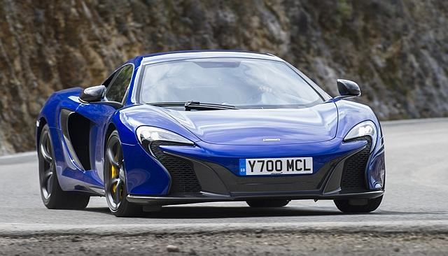 Australian Police Now Have A $450,000 McLaren 650s Supercar UNILAD mclaren 650 blue3 640x366