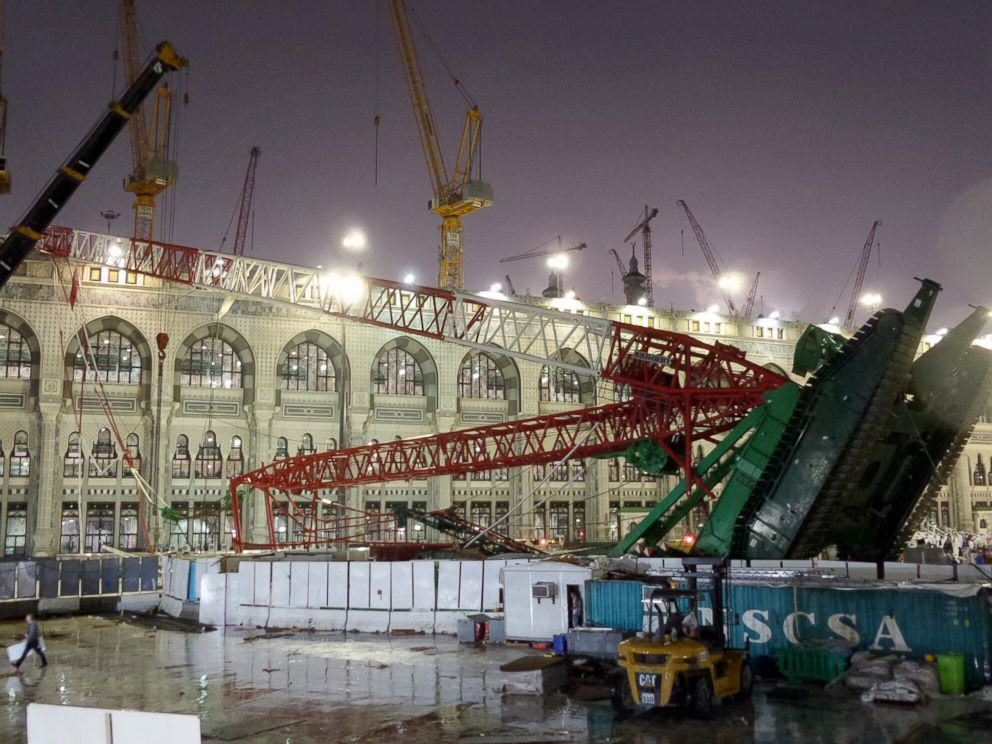 107 Dead And Hundreds Injured In Mecca Crane Collapse UNILAD mecca crane 28