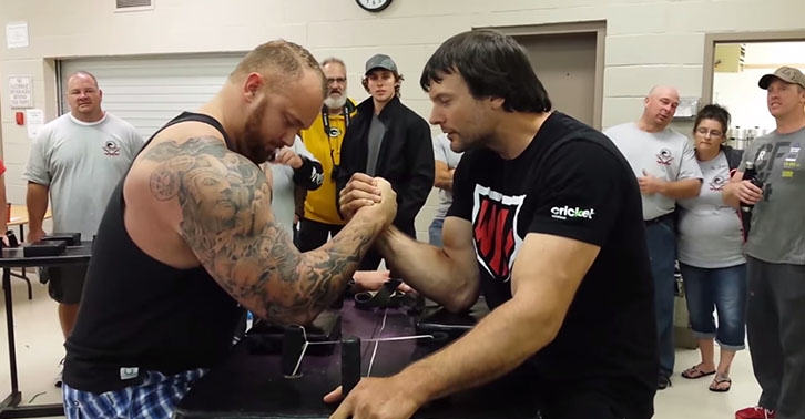 Game Of Thrones The Mountain Challenges Armwrestling Champion To Match UNILAD mountain28