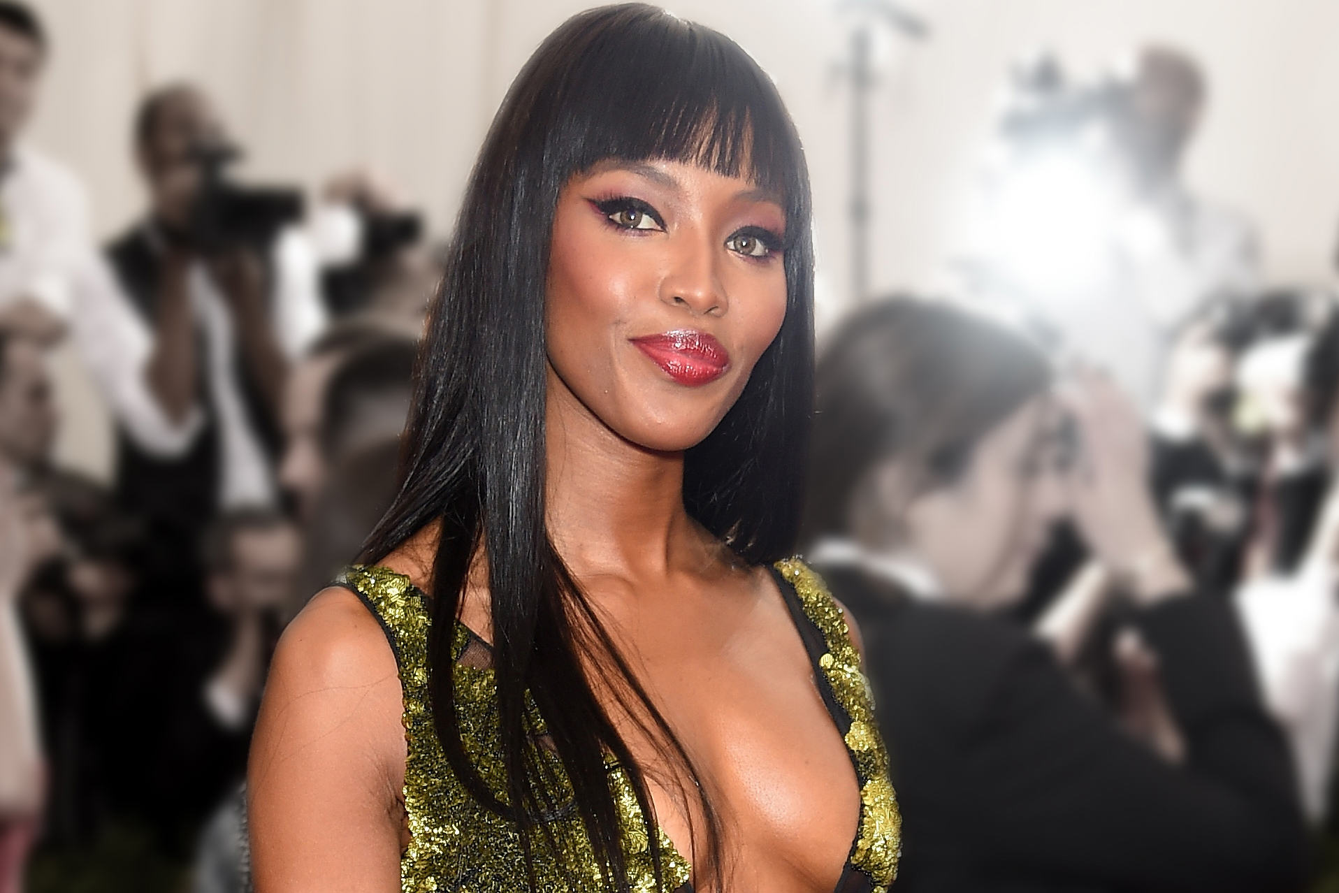 Naomi Campbell Shares Topless Photo Of Herself On Instagram To Fight Their NSFW Policy UNILAD naomi boobs 23