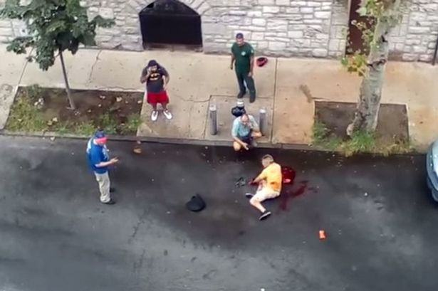 Out Of Control Pit Bulls Maul A Man In New York Street UNILAD pitbulls16
