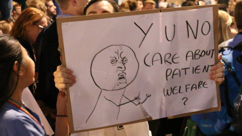 Doctors Stage Protest In London Over Unsafe And Unfair Government Contract Plans doctor protests 3