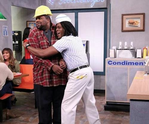 Kenan And Kel Have Returned To Serve Good Burgers On The Jimmy Fallon Show kk