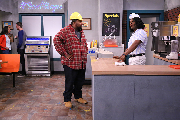 Kenan And Kel Have Returned To Serve Good Burgers On The Jimmy Fallon Show kk1