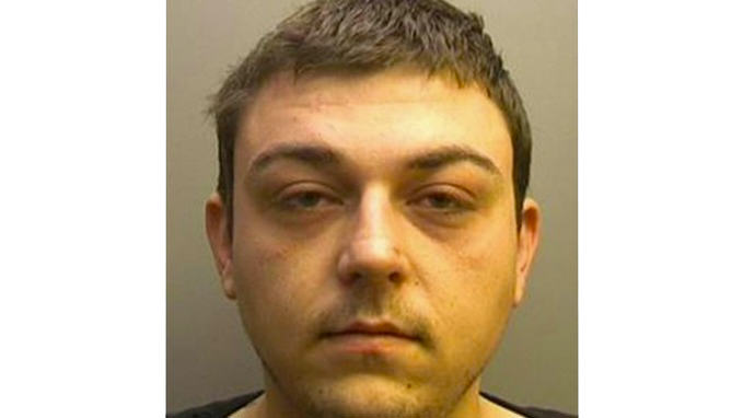 Moron Learnt To Drive On Playstation, Went For Spin, Got Chased By Police lincs