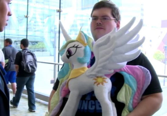 My Little Pony Obsessed Military Man Claims Its Harder Than Being Gay mlp web