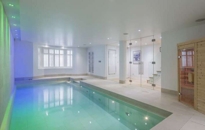 Ricky Gervais Is Selling His London Gaff And Its NICE rickygervais lon112