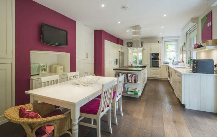 Ricky Gervais Is Selling His London Gaff And Its NICE rickygervais lon62