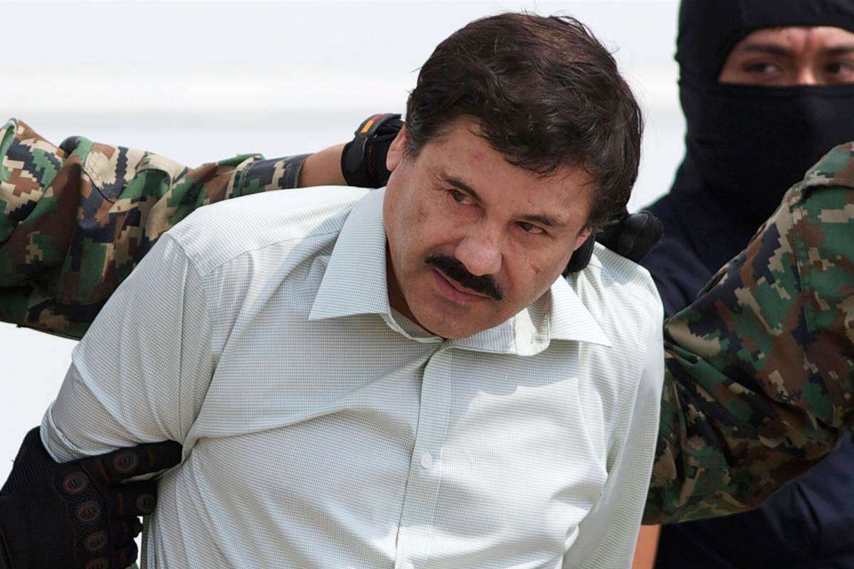 Mexican Drug Lord El Chapo Injured By Police, Still Evades Capture UNILAD 141110 joaquin el chapo guzman 940a fff662d6162e1bf6e2dd9ec3569c5016.nbcnews fp 1200 80057539