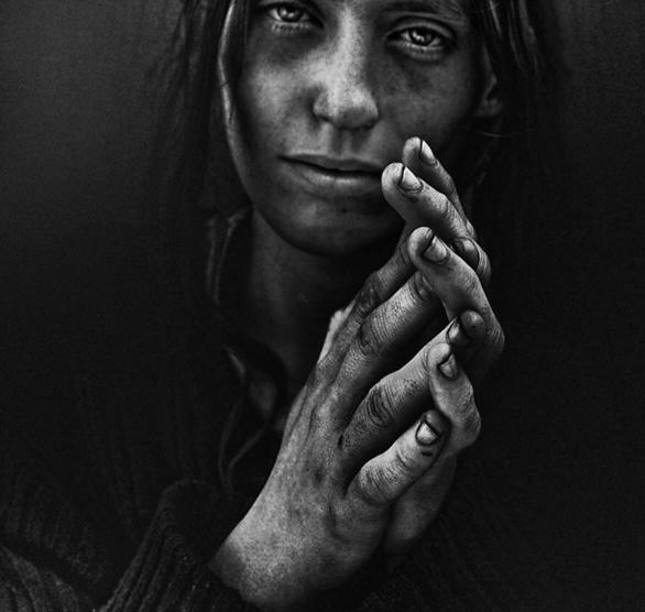 These Incredible Photographs Will Change The Way You View Homeless People UNILAD 263179