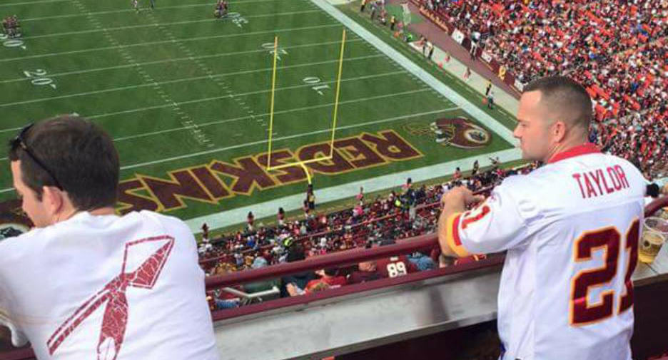 NSFW Photo Of Man (And Wife) At Football Game Goes Viral UNILAD 292357