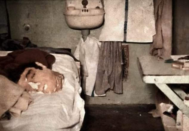 Photo Could Be Proof Two Dead Alcatraz Inmates Actually Escaped UNILAD 2D5A2DDB00000578 0 image m 39 14447079973369