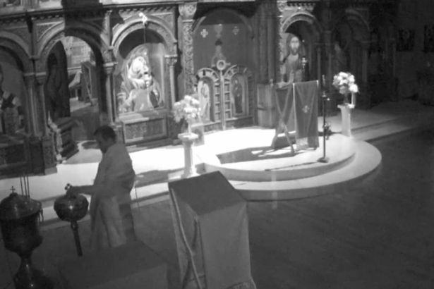 Man Dressed As Priest Caught Performing Sex Act On Church Alter UNILAD A man dressed as a priest commits a sex act at an alter85302