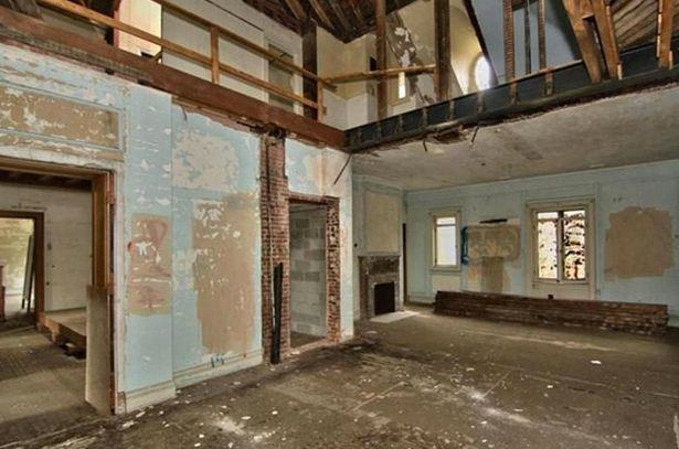 Rundown Mansion Of Woolworths Founder Could Be Yours For Less Than £200K UNILAD Magnificent mansion of retail tycoon Charles Woolworth is now a ruin and on sale for just 295000 24