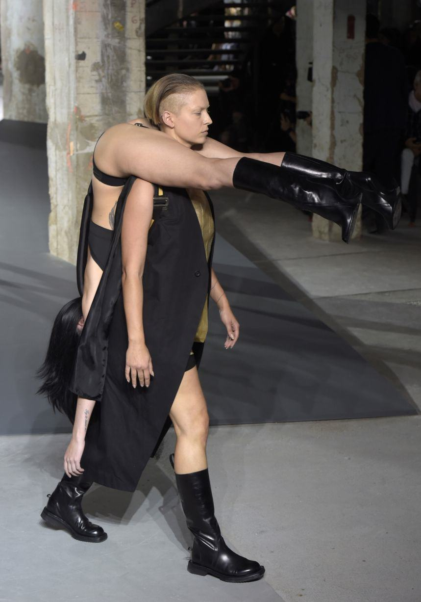 Rick Owens Sent Models Down The Catwalk Wearing Other Models, Obviously UNILAD Rick Owens show 12