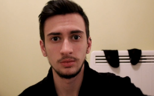 Transgender Man Documents Transition With Three Years Worth Of Selfies UNILAD Screen Shot 2015 10 08 at 01.40.006