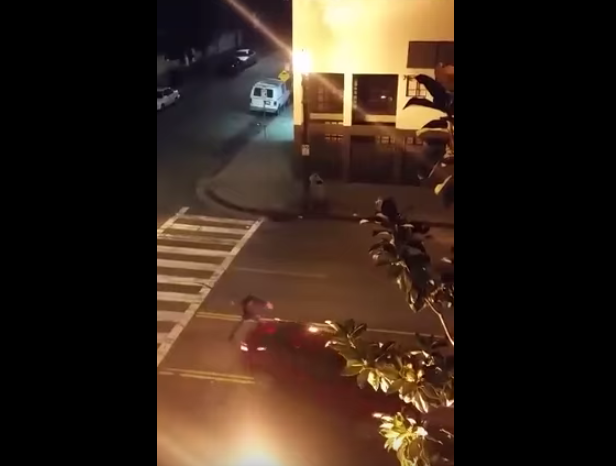 Crazy Guy Swinging His Machete At Cars Gets Taken Out UNILAD Screen Shot 2015 10 20 at 11.16.55 am11060