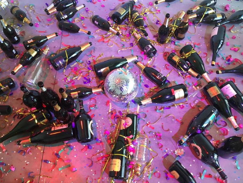 Modern Art Installation Destroyed By Cleaners Who Thought It Was Rubbish From Party UNILAD Screen Shot 2015 10 25 at 20.15.1611752