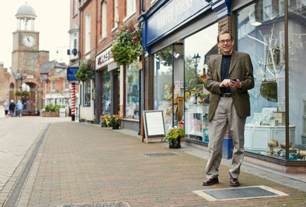 English Town Has Superfast WiFi Built Into Its Pavements UNILAD Screen Shot 2015 10 25 at 22.52.0067758