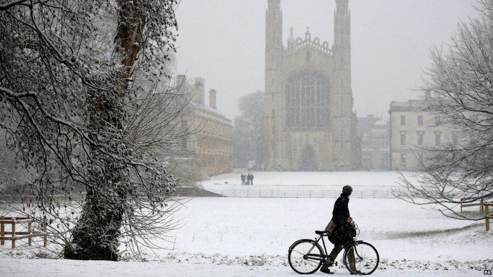 Britain Set For A White Christmas? 36 Days Of Snow Forecast UNILAD Snow One88746