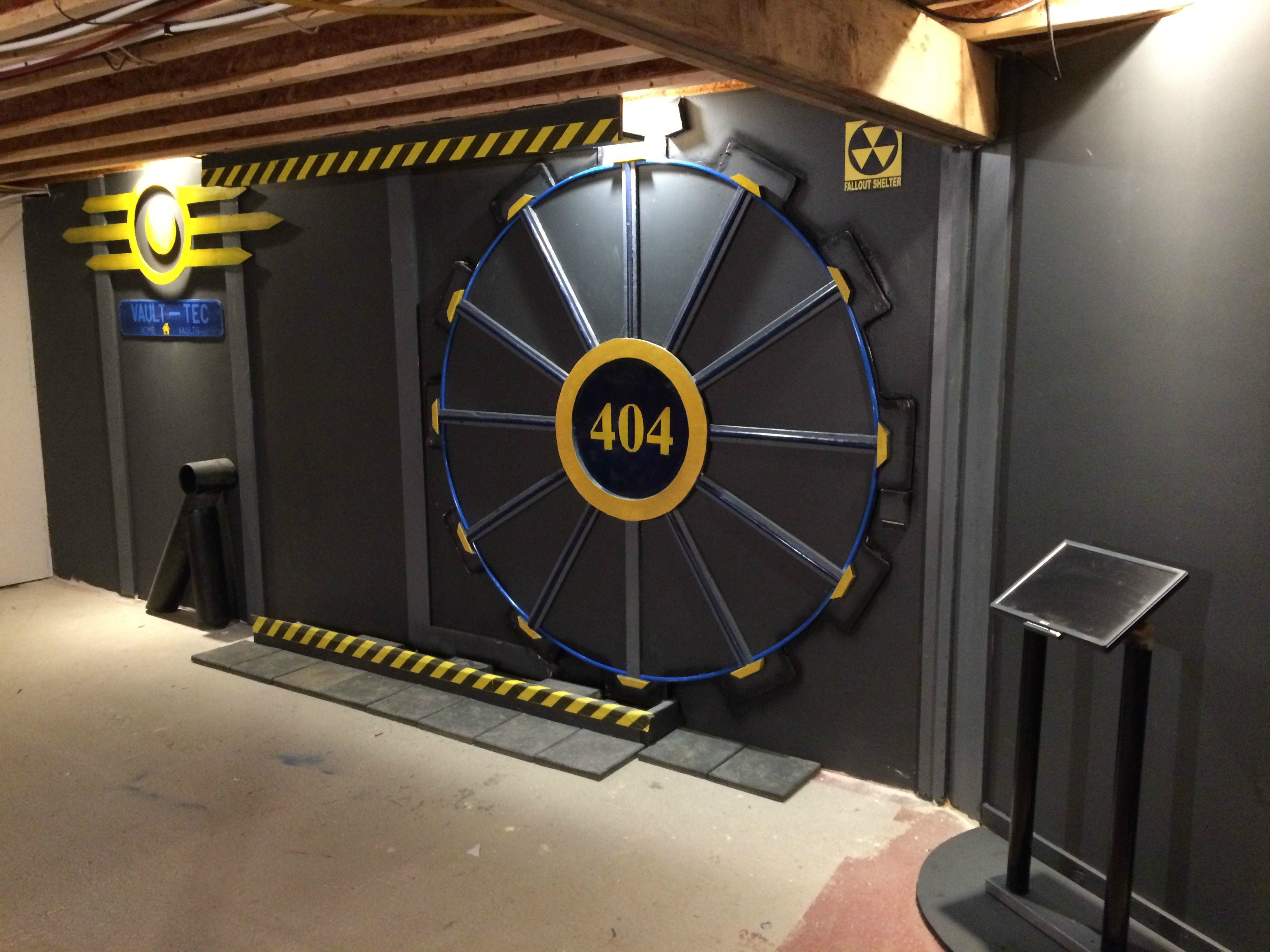 This Guy Built A Fallout Vault Door For His Basement Gaming Room UNILAD U8y3NQo5