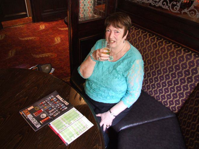 This Woman Has Visited Almost 1,000 Wetherspoons Across The UK UNILAD bbc11473