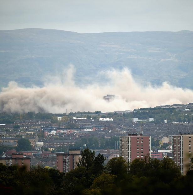 Iconic Glasgow Red Tower Flats Demolished In Only Seven Seconds UNILAD blocks38