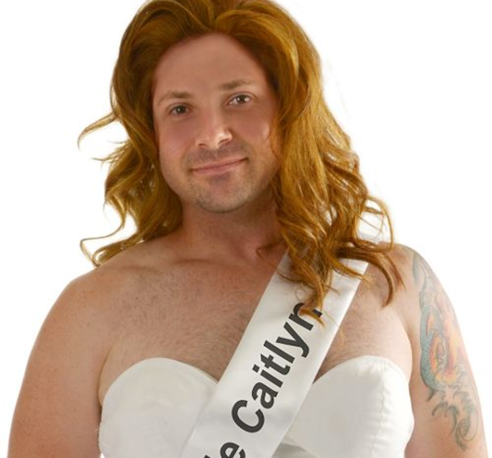 Here Are This Year's Most Predictable Halloween Costumes UNILAD caitlyn91098