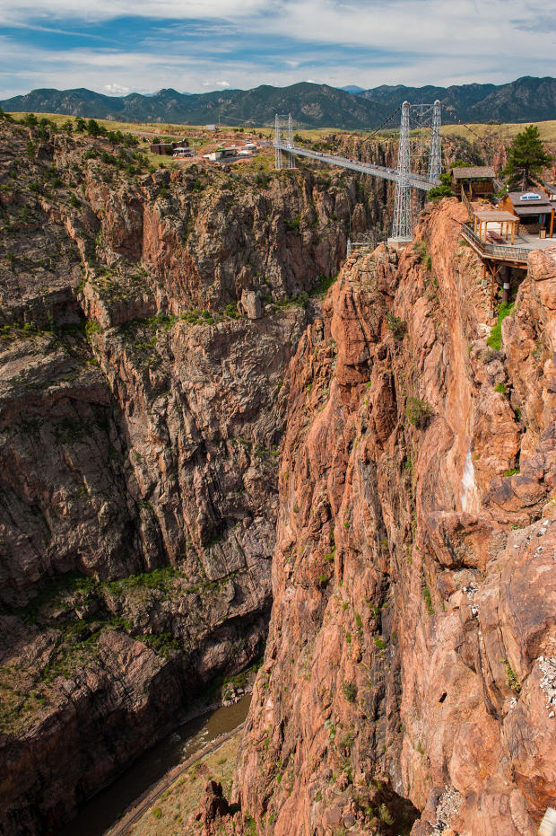 Here Are Ten Of The Most Ridiculous Bridges From Around The World UNILAD colorado41223