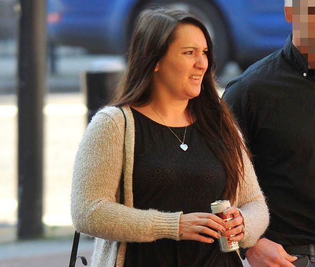 Mother Jailed After She Checked Facebook While Her Two Year Old Son Drowned UNILAD drown mother 16
