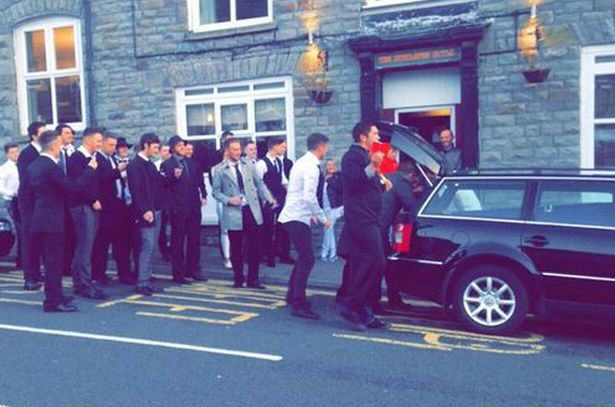 Lads Hold Surprise Funeral For Mate After He Gets Himself A Girlfriend UNILAD mock funeral 164276