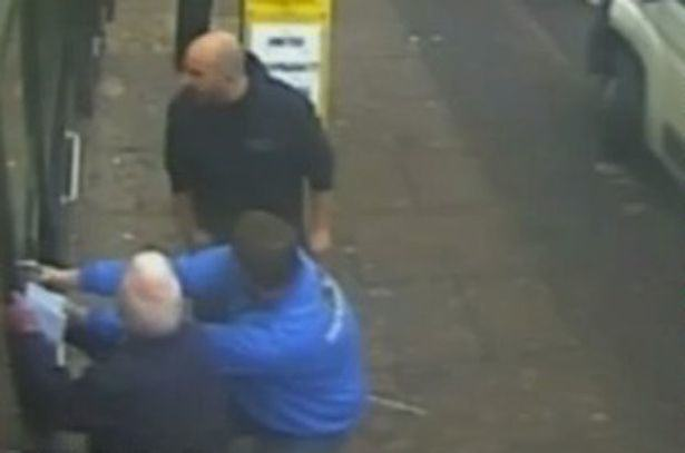 Heroic Pensioners Barricade Armed Robber In Shop Before Police Arrive UNILAD oap78976