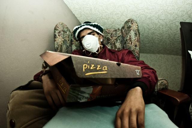 The UNILAD Guide To Dealing With Hangovers UNILAD pizza9 640x426