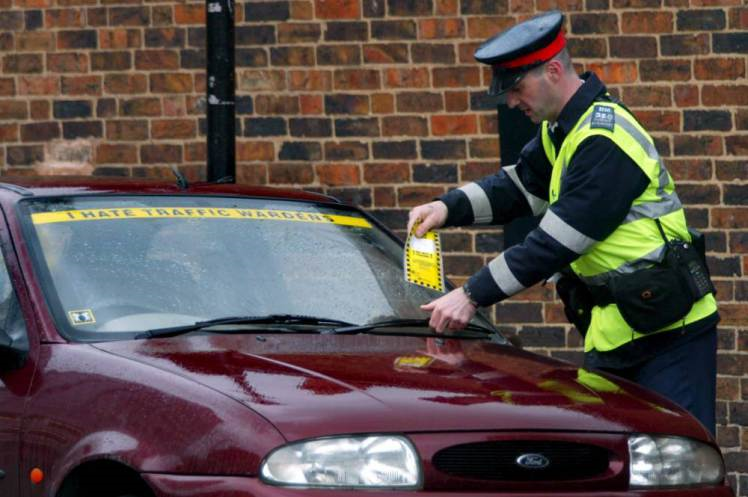 Grace Period To Be Given To Drivers After Parking Tickets Expire UNILAD pmm8