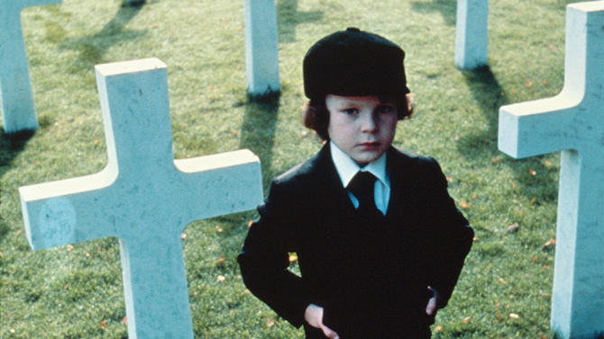 Eight Horror Films To Scare The Shit Out Of You This Halloween UNILAD the omen 1976 remake53366