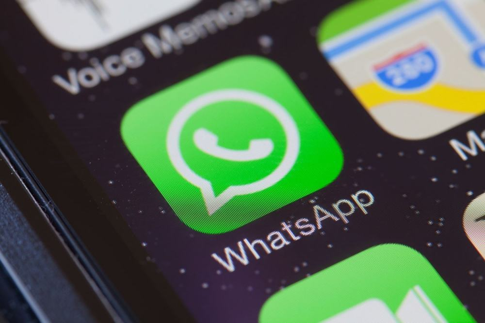 WhatsApp May Not Be As Private As You Think, Researchers Warn UNILAD whatsapp hack 121430