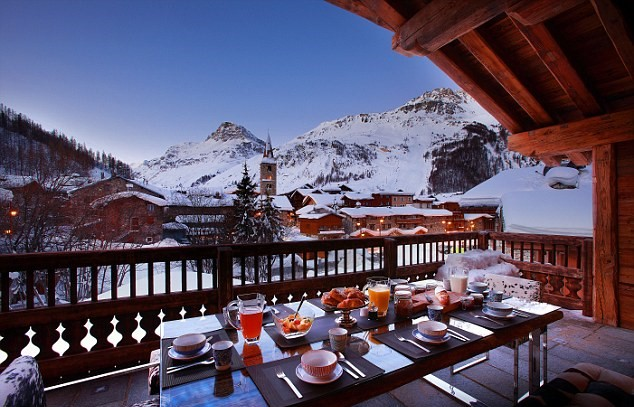 The Most Outrageous Requests Rich Tourists Make On Luxury Ski Holidays 12