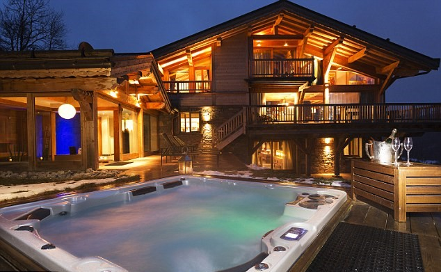 The Most Outrageous Requests Rich Tourists Make On Luxury Ski Holidays 24