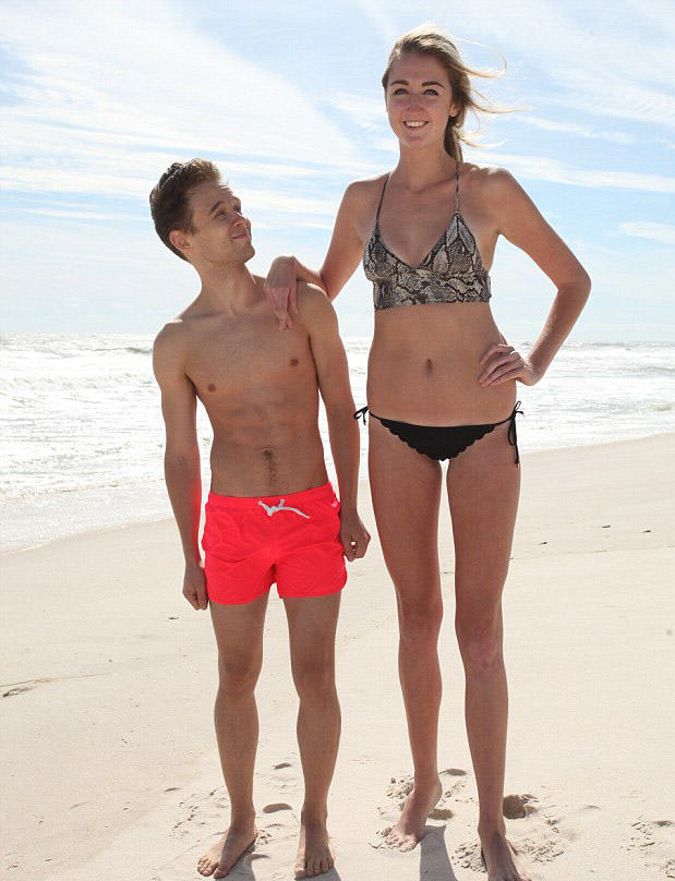 Theres A New Owner Of The Longest Legs In The US 2EBFA5DC00000578 3331081 image m 3 1448323367759
