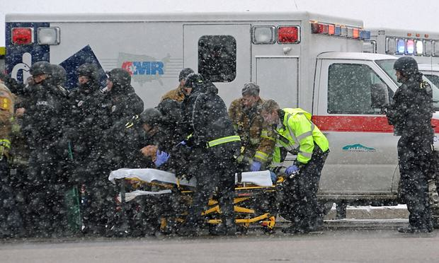 Three Dead After Lone Gunman Storms Abortion Clinic In The U.S. 30001