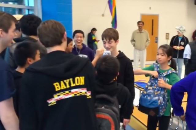 Kids Lose Their Shit After Young Lad Beats Rubiks Cube World Record LUCAS4 640x426