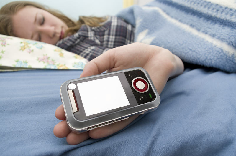 Sleep Texting Is On The Rise And Things Could Go Seriously Awry Sleep texting 1