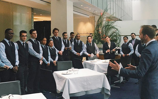 A New York Restaurant Has Banned Tipping And People Arent Sure Tipping2