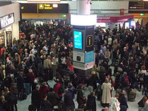 Man Arrested After Carrying Two Guns Into Gatwick Airport UNILAD 111215 Thumbnail 324164
