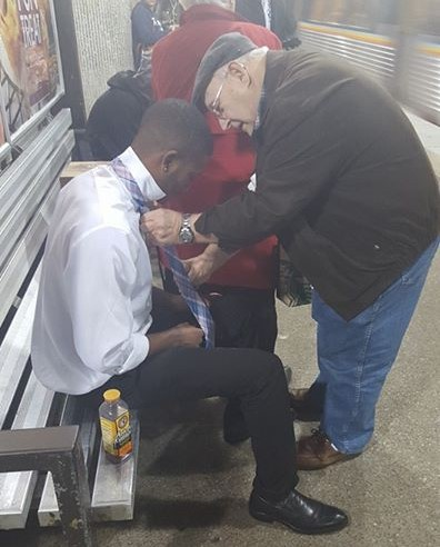 This Simple Act Of Kindness Proves The Worlds Not Always So Bad UNILAD 12227097 10153736293377387 7455165129121474978 n Copy18141