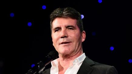 Simon Cowell Halts Live X Factor Show To Respond To Paris Terror Attacks UNILAD 136401667551324516